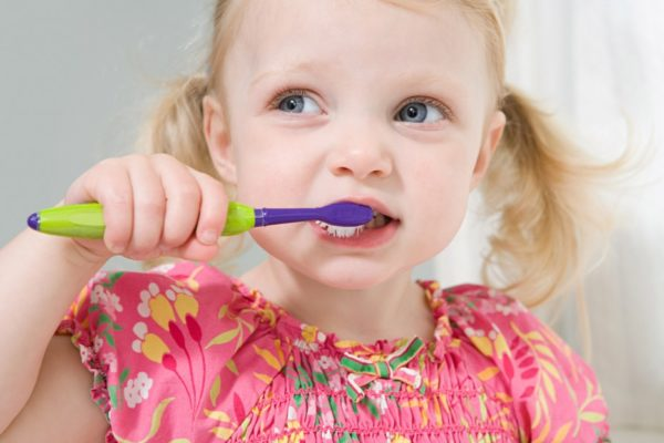 تاثير استخدام الفلور على الأطفال
